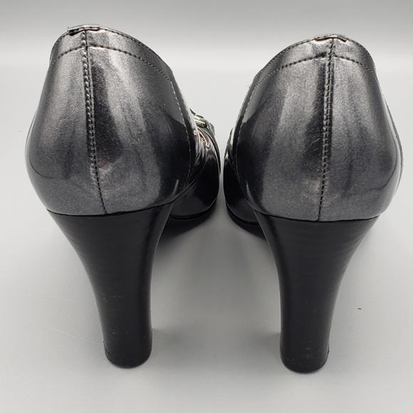 JG Hook Shoes - Up to 90% off at Tradesy
